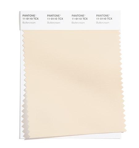 PANTONE 11-0110 Buttercream 奶油霜白:滑順的奶油霜白是一個輕鬆美味的米白色。