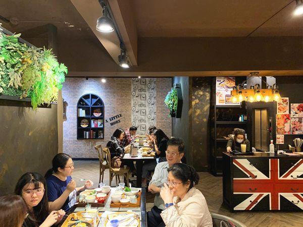 多一點咖啡 文化館 2F環境